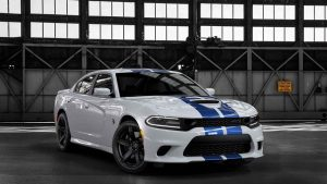 سيارة Dodge charger SRT8
