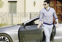 Photo of سيارة الفنان أحمد عز المفضلة والأقرب إلى قلبه
